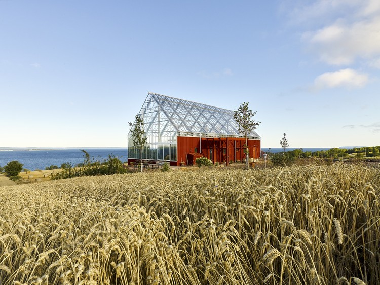 Vivre sous serre avec la Nature House